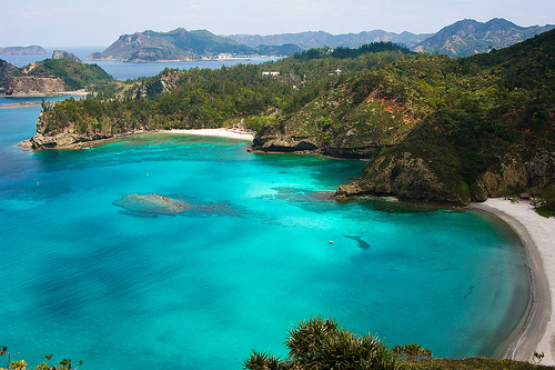 http://humble-traveler.com/wordpress/wp-content/uploads/2010/02/ogasawara-islands.jpg